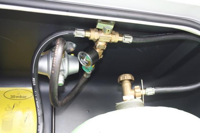 inverseur gaz Bricolage-081-4205235