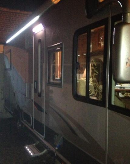 Forum camping car par marque eclairage ext rieur for Decoration exterieur de camping car