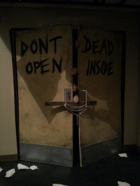 Diorama Walking dead 1/6 en cours :) 1291305_102017934...158487_o-4118756