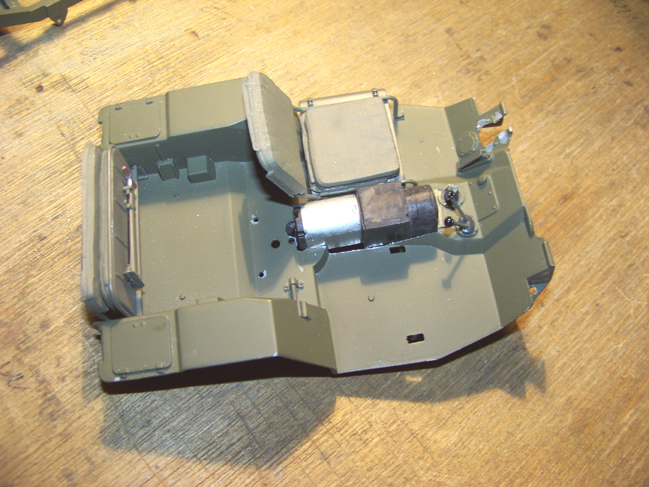 Jeep Danbury 1/16e, motorisée Sumo + remorque Bantam 1/4 t 100_2801-42b59ce