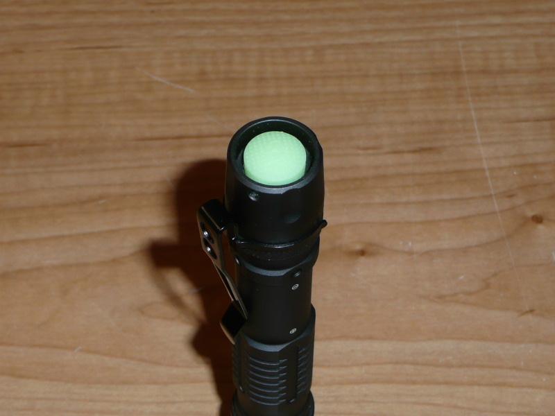 """Lampe à LED tactique Genesis à 2 piles """"AA"""". Genesis-5-436a256"""