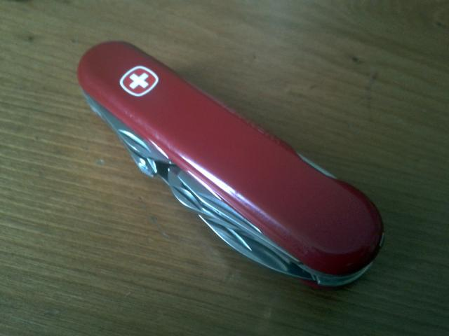 Ma collection Victorinox et wenger. [par Lucke] 2013-06-06-18.34.08-3ebe3f0