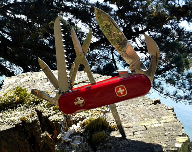 Ma collection Victorinox et wenger. [par Lucke] 2013-06-008-3eb2a14