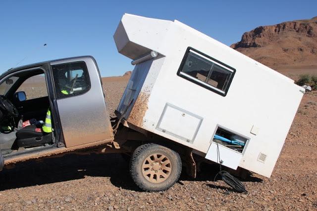 les blogs de voyages en cours en cellules 4x4 camions. Black Bedroom Furniture Sets. Home Design Ideas