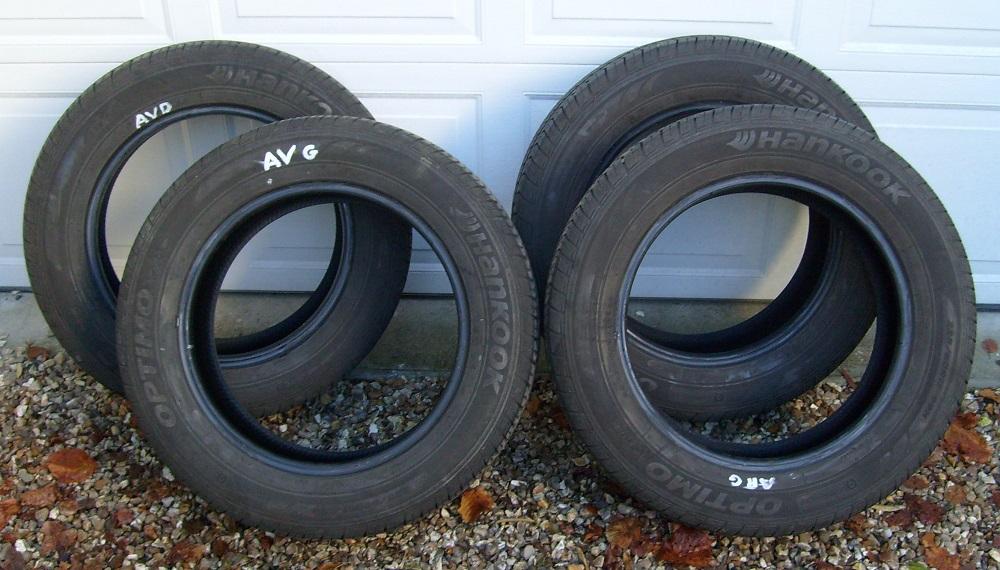 forum du kia sportage iii et iv bonjour vends 4 pneus 17 pouces vendu. Black Bedroom Furniture Sets. Home Design Ideas