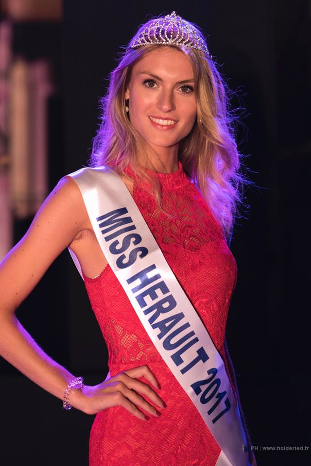 MISS FRANCE 2018 is Maëva Coucke from Nord Pas de Calais - 웹